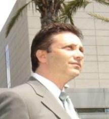 AutoDistributors Inc. Chairman & CEO Steven B. Schneider.