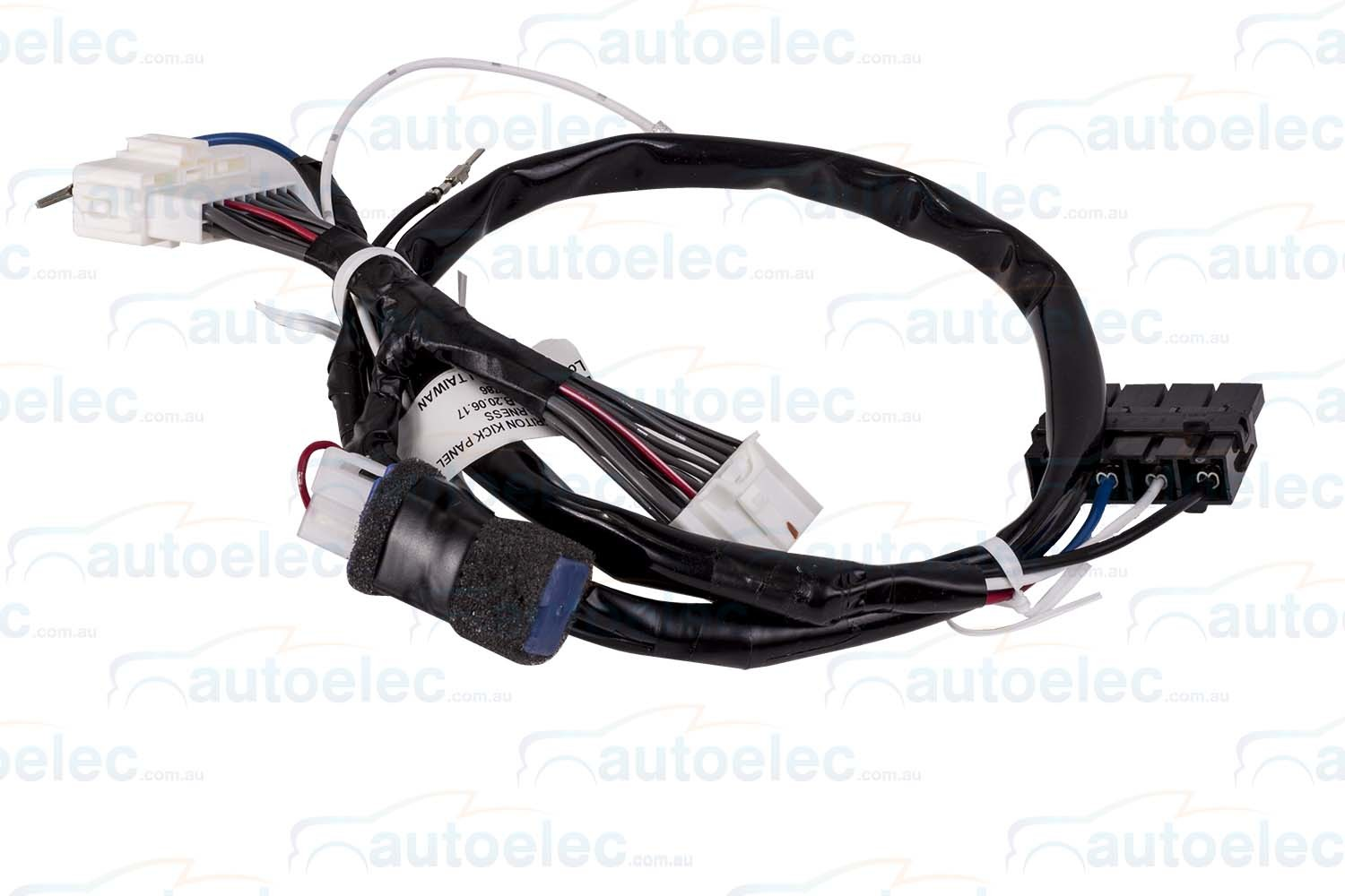 hight resolution of redarc towpro elite classic wiring harness loom kit mitsubishi triton