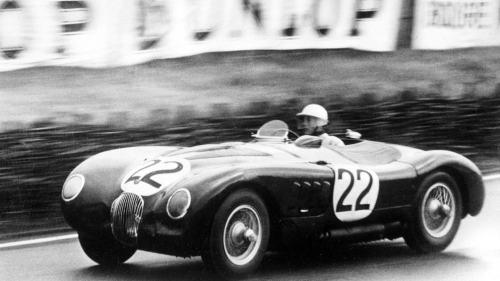 Jaguar Tipo-C de 1951 em LeMans (autosport.com)