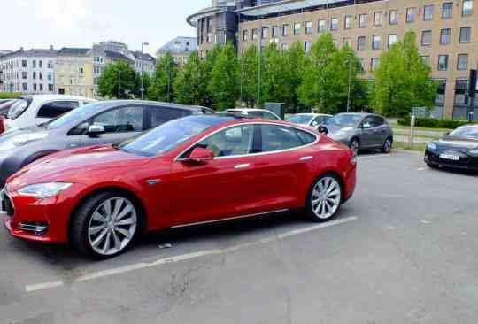 Capital da Noruega, estacionamento para elétricos