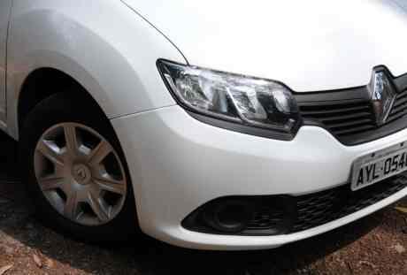 Renault Sandero Autentique 14