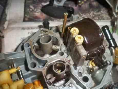 Desmontando um carburador (i41.tinypic.com)
