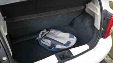 Porta-malas com 265 litros, porém muito bem aproveitáveis