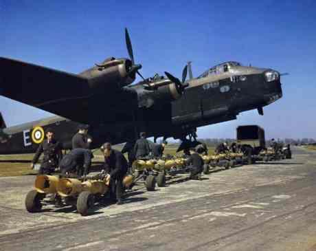 Short_Stirling_bomber_N6101