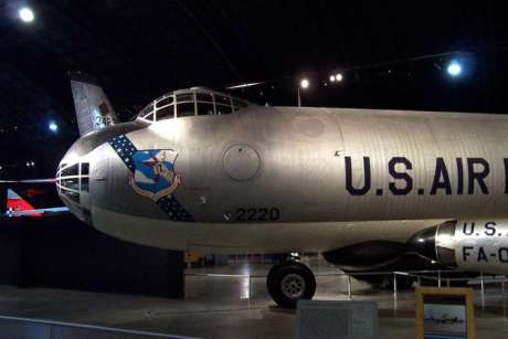 O exemplar do museu da USAF, preservado a abrigado (warbirdlegends.com)