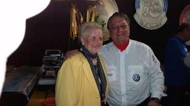 Com a Sra. Lottermann, viúva de Heinz Willi