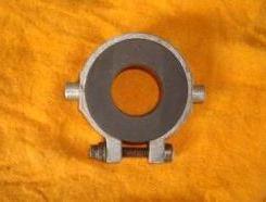 Em vez de rolamento, um simples colar de carvão (emule.com.br)