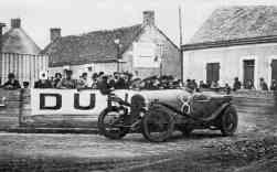 O Bentley em Le Mans em 1923, primeiro carro inglês a competir