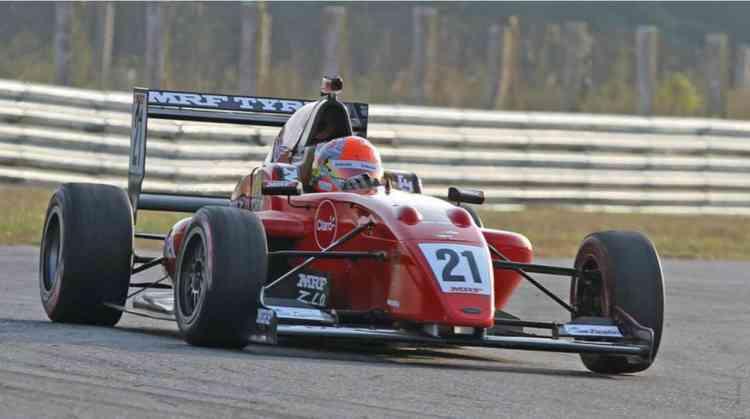 Pietro Fittipaldi campeão do MRF Challenge, na India (Foto MRF Tyres)