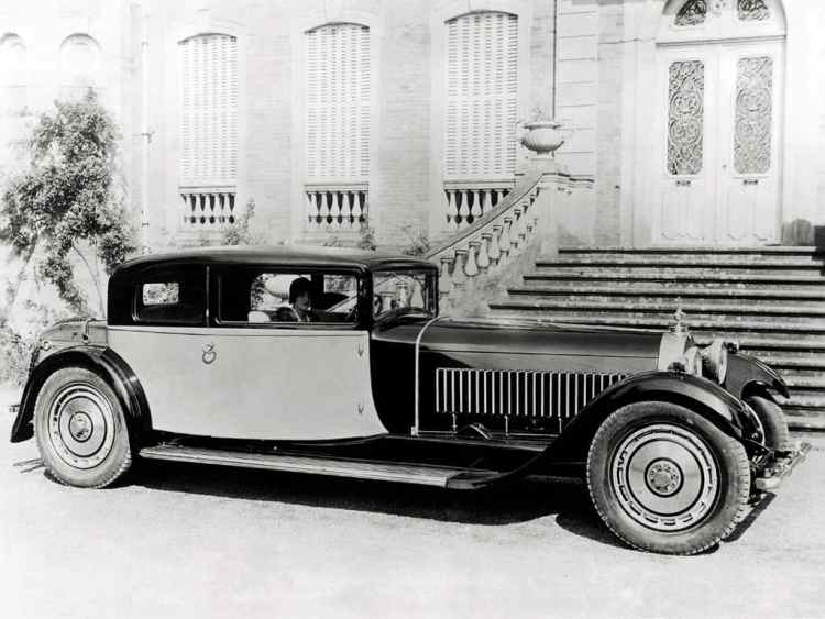 1929_Bugatti_Type-41_Royale_Coupe_body_by_Weymann_01