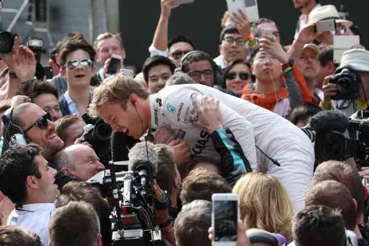 Rosberg, líder do Mundial e imbatível há seis GPs (Foto Mercedes)
