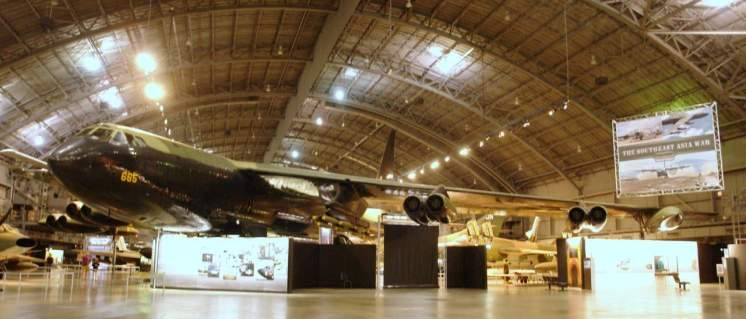 Boeing B-52 abriu caminho também para jatos comerciais