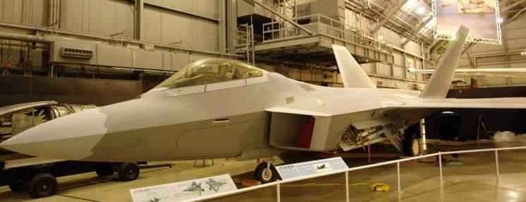 F-22 Raptor, avião ainda moderno e em operação. Museu não é apenas para coisas do passado