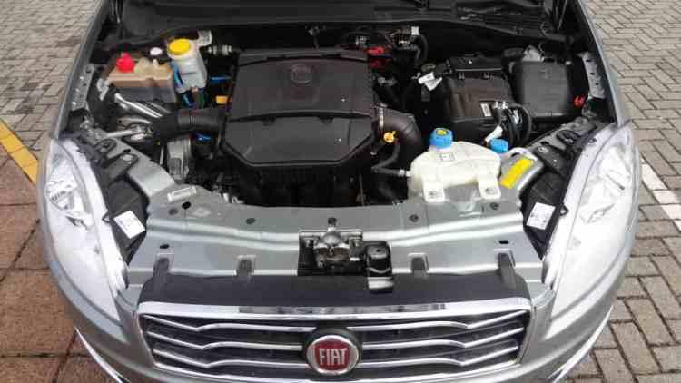 Motor 1.8 16v E. torQ rende 132 cv a 5.250rpm (álcool)
