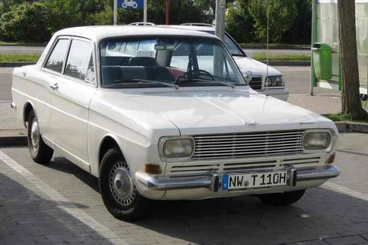Ford_Taunus_15M_P6_Neustadt_01