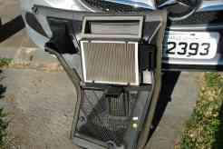 Filtro do ar-condicionado fixado na cobertura, facílimo de remover