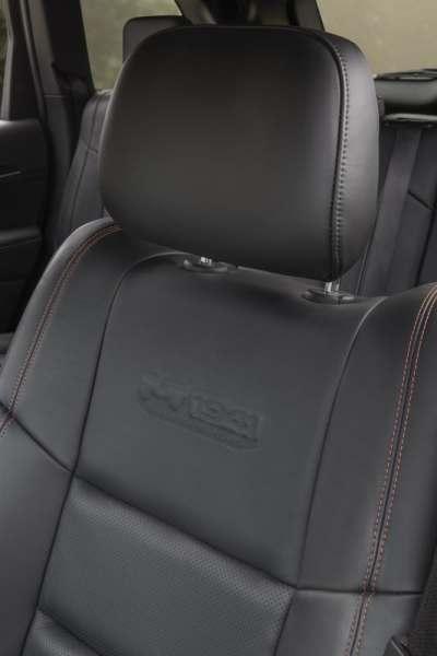 Detalhe dos assentos do Jeep Wrangler na versão 75th Anniversary. Foto: divulgação