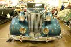 Um Packard pode até ser comum, mas é sempre bom de apreciar