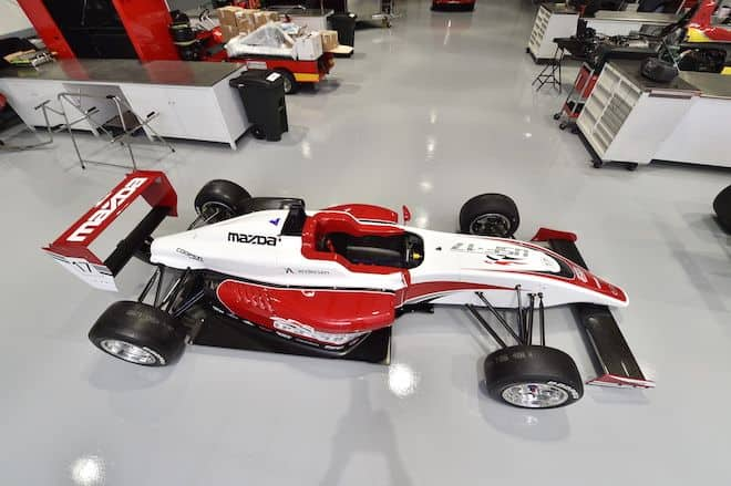 Em Interlagos kartistas brasileiros disputam, sábado, vaga na seletiva da Mazda Road to Indy 2017 (Foto Mazda Road to Indy)