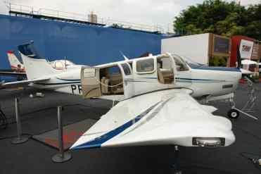 Beechcraft Bonanza tem desenho antigo, mas é muito eficiente