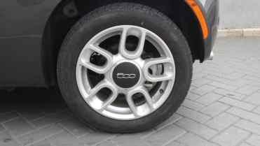 Não é a roda dianteira, mas a traseira: freio a disco