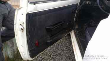 """Forração ainda original do Fiat 147, necessitando uma limpeza e troca do """"Eucatex"""" interno"""