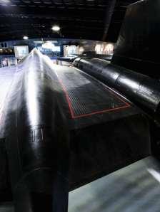 Os corrugados para compensar dilatação térmica nas asas (projecthabu.org)