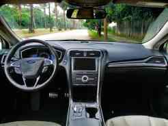 Um lugar agradável ao extremo; ergonomia Ford é exemplar desde o primeiro Escort nacional