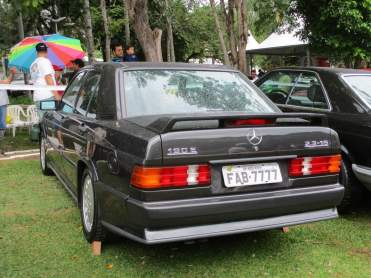 Mercedes-Benz 190E 2,3-16 (1)