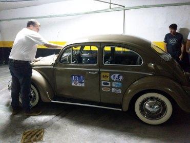 Dando uma caprichada final. Recebemos o número 13, pedi o 53 (do Herbie) mas ele já estava ocupado (Foto: autor)