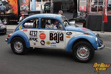 Foto do Fusca da Equipe Project Baja (que está sendo patrocinado pela VW em 2017) na apresentação para a corrida Mint 400 - 2016, que é realizada em Las Vegas, Nevada, EUA. É praticamente um Fusca standard com pequenas adequações para off-road (Foto: Site Off Road Xtreme)