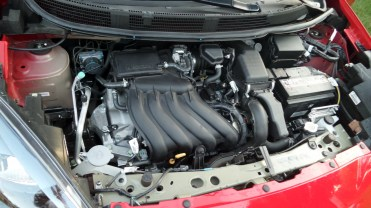 Motor é suave e potência suficiente, 111 cv, com álcool ou gasolina.