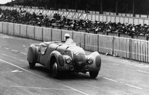 Peugeot 402 Darl'Mat em Le Mans (wikipedia)