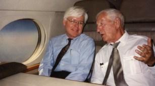 McLellan e Arkus-Duntov, após a aposentadoria do último