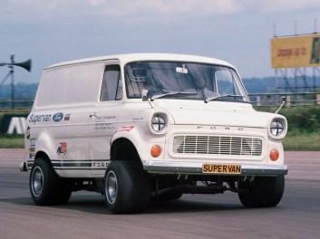 Ford Transit Supervan (boosted.dk)