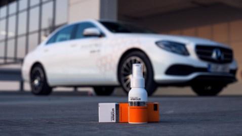 Laky moderních aut už nejsou, co bývaly. Jak je ochránit před rychlou zkázou? - 2 - 1 Pikatec Nanokosmetika ochrana laku auta (1)