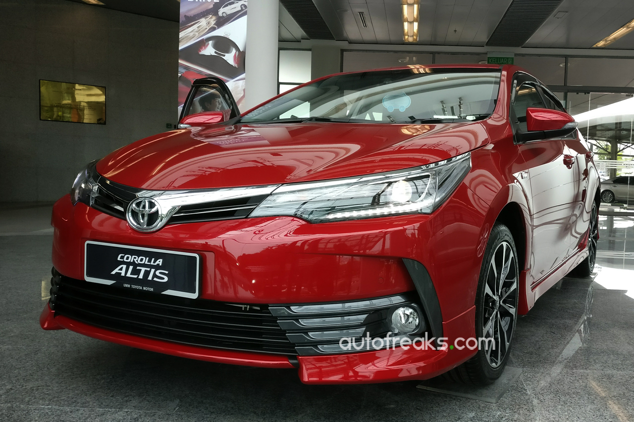 all new corolla altis 2019 camry price facelifted 2017 toyota previewed ahead of