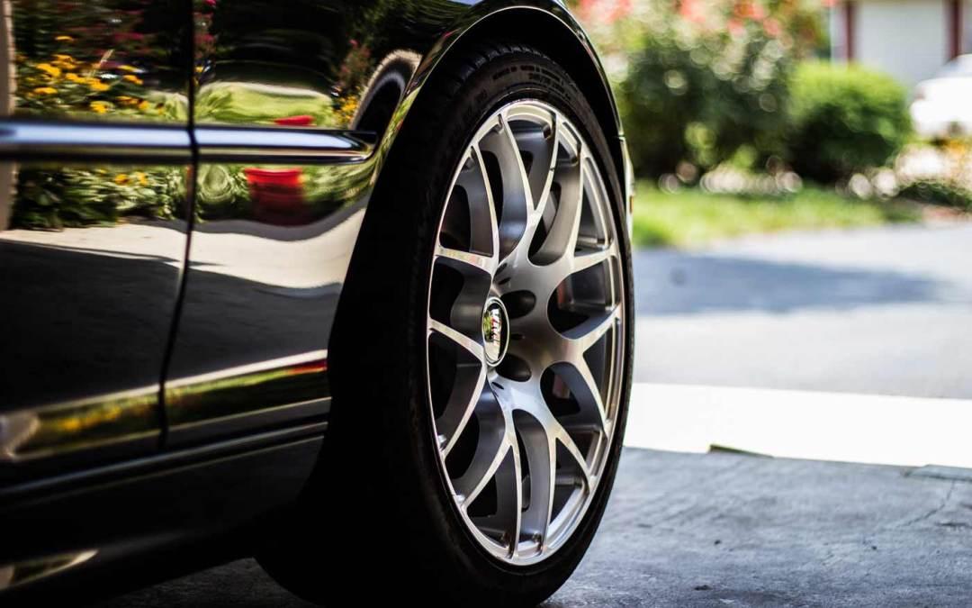 Cómo pulir las llantas de tu coche: ¡Quedarán brillantes!
