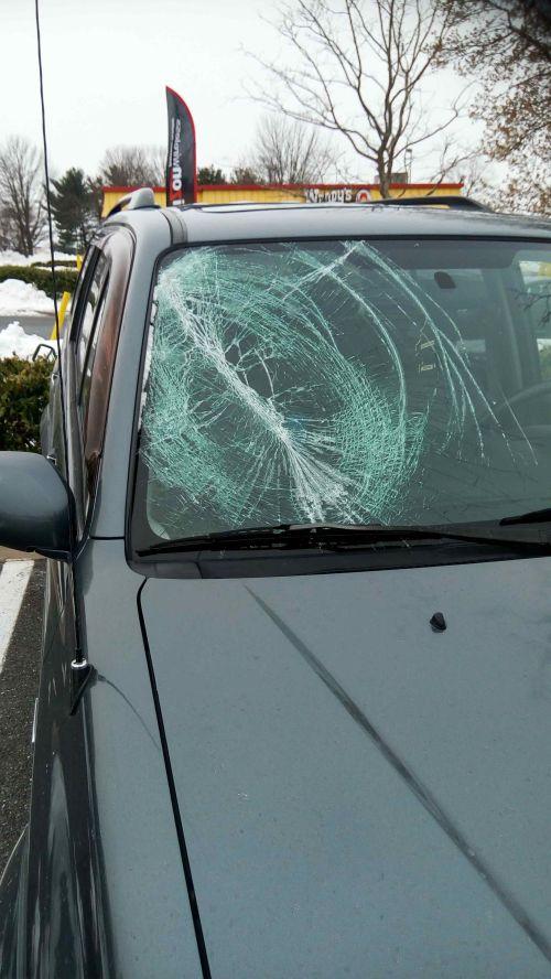 small resolution of 2013 suzuki grand vitara windshield 2004 suzuki xl 7 windshield
