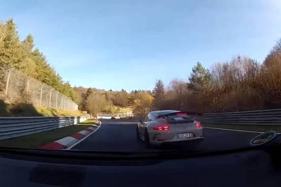 Το GR Yaris συντρίβει το 911 και το Golf GTI 400 PS (+ βίντεο)