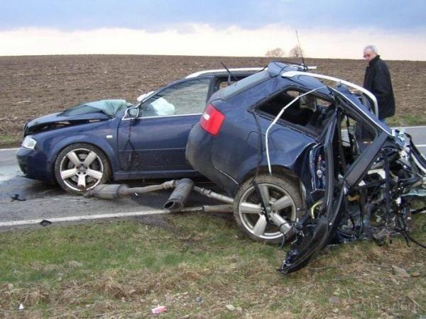 Audi A6 accident