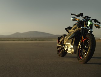 Electric Motorcycles Go Mainstream with Harley Davidson LiveWire