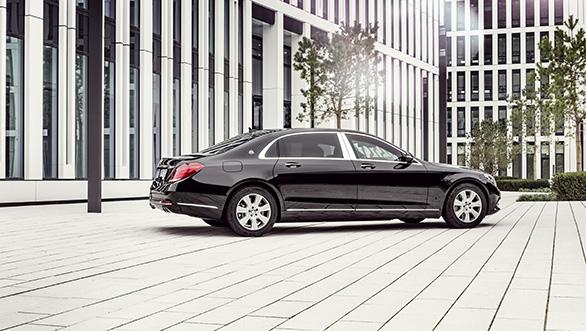 Mercedes-Maybach-S600-Guard-1