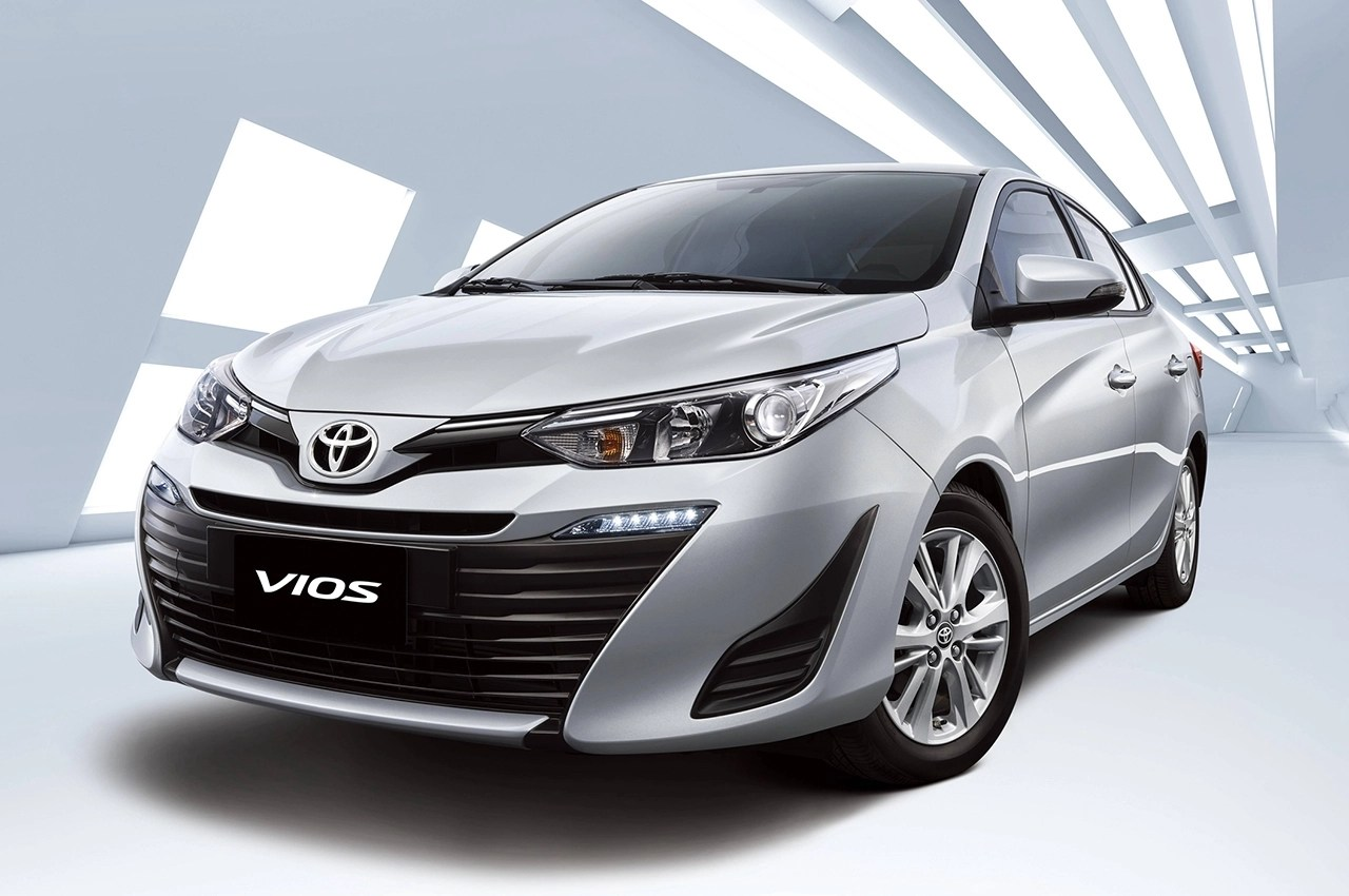 xe toyota grand new avanza interior 1.3 g m/t 2019 vios 1 3 cvt car buyer s guide