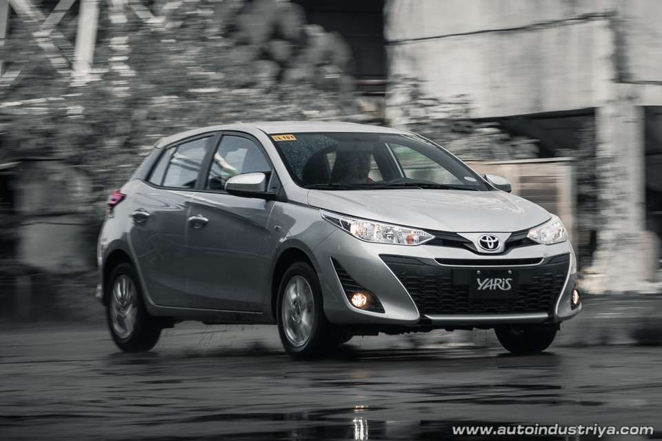 interior new yaris trd 2018 konsumsi bbm all kijang innova toyota 1 3e cvt car reviews