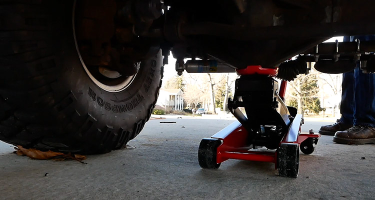 How Big A Floor Jack Do I Need for My Truck FI