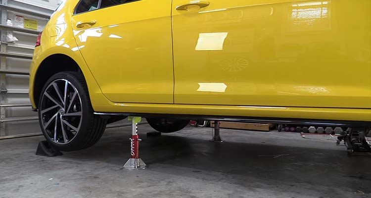 Additional Safety Tips When Putting A Car On Four Jack Stands