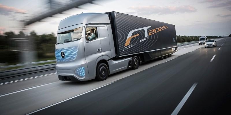 Mercedes-Benz Future Truck 2015 aus dem Jahr 2014