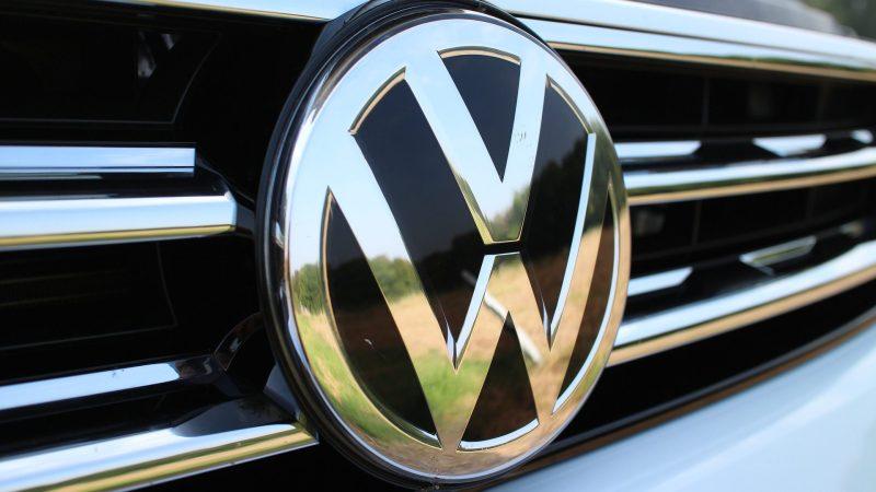 VW Logo Kühlergrill Chrom
