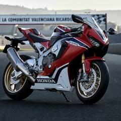 Honda Motosiklet'den 2017 yenilikleri
